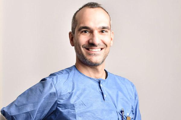 Dr Nader Stenberg